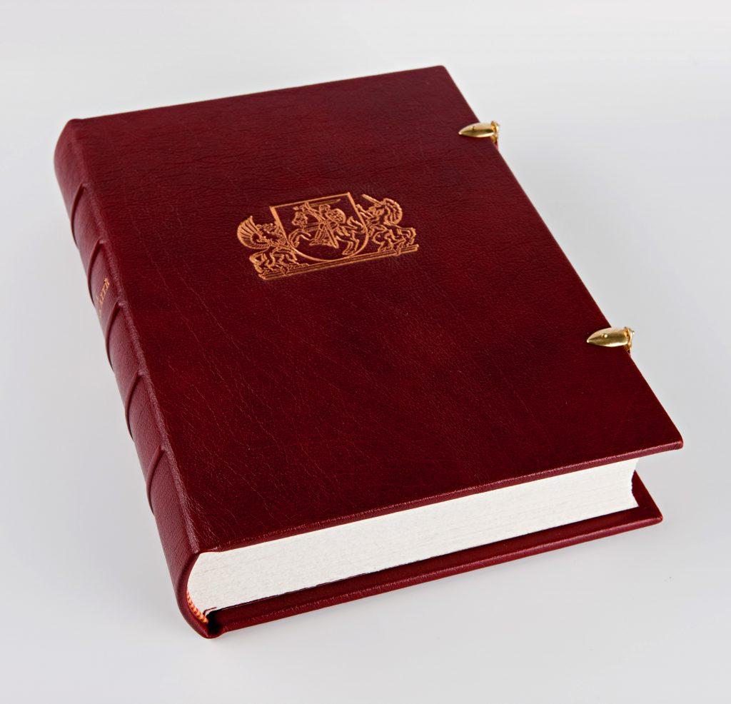Knyga prezidentei